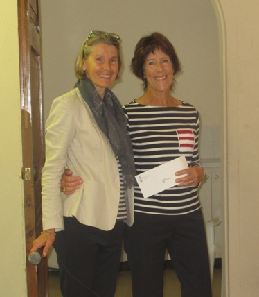 Garden Club presents $3,000 to Keep Bermuda Beautiful